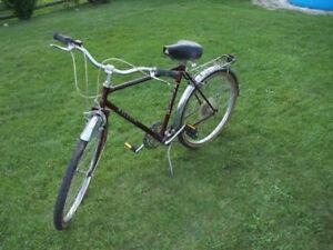 Vintage Raleigh Safari Burgandy ladies bicycle made in Canada