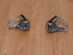 Shimano pedals.