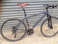 Hybrid road bike, trek montare