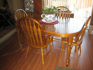 Oak Dinning Room Set