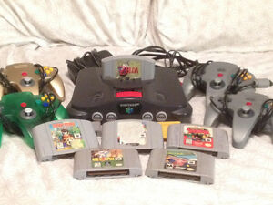N64  4 controllers & 6 games for sale