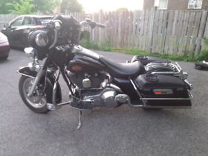 Harley FLHTC   Electra Glide Classic 2000