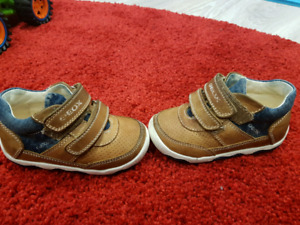 Toddler shoes GEOX $15