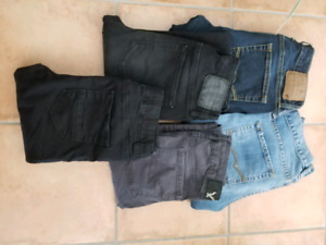 American Eagle Assorted Jeans Sizes 2-4
