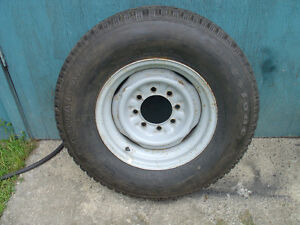 FIRESTONE STEELTEX TIRE and STEEL RIM. [ LT245/75/16   8 stud ]