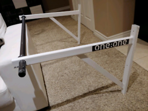 FS: One:One Wall Mounted Chin Up Bar