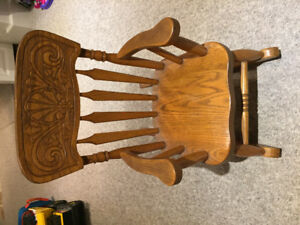 Wood rocking chair for toddlers
