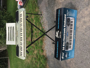 DRM-510 54 Key Electronic Keyboard and stand
