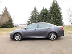 2012 Toyota Camry LE Sedan- ONE OWNER w/ NAVIGATION!!  CERTIFIED
