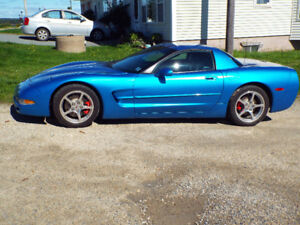 MINT CORVETTE  LOOKING TO TRADE-UP TO C6