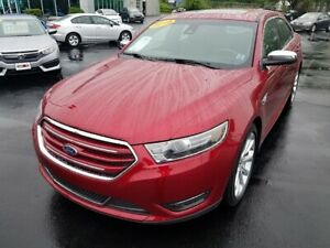 2018 Ford Taurus Limited / AWD / Nav