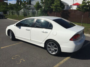 2009 Acura CSX for sale, great condition, fully loaded, low KMs