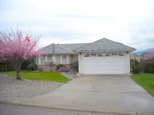 502 Eaglecrest Drive - 4 bed, 3bath, with in law suite