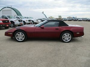 1990 Corvette Convertible 350cuin 6spd Low Kms MOVING SALE