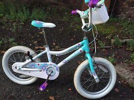 """Giant Pudd'n 12"""" girls bike"""