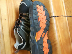 Steel toe shoes/sneakers in perfect condition. Size 9.5