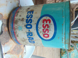 ESSO AND CASTROL ANTIFREEZE TINS VINTAGE 1 GALLON