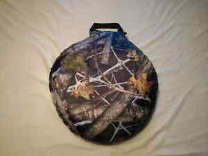 """NEP Invision Camo Therm-A-Seat  15"""" Diameter 3"""" Thick"""