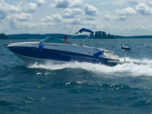Rinker Captiva 282 impeccable