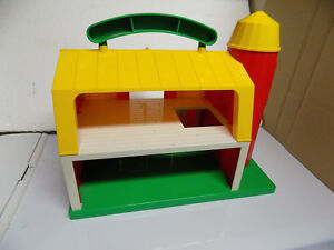 Vintage Sesame Street Farm with characters and accessories Kitchener / Waterloo Kitchener Area image 3