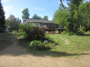 Waterfront Home for Sale Emsdale ON 3400sq ft 1.6 acres Garage