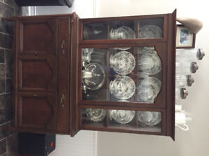 Beautiful China Cabinet. Excellent Condition. Price Reduced!
