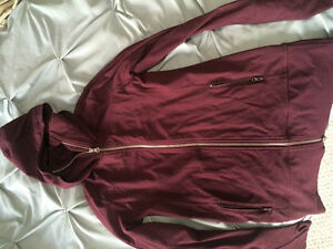 BARELY USED LULULEMON CLOTHING Kitchener / Waterloo Kitchener Area image 1
