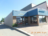 FOR LEASE SINGLE TENANT BLDG. Spa or Office