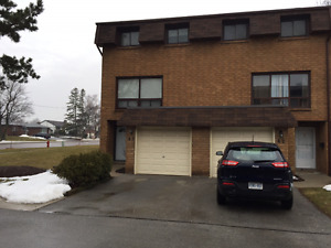 3+1 Bedroom Townhouse for rent in Hamilton West mountain