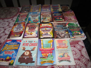 UNCLE JOHN'S BATHROOM READERS * EXCELLENT CONDITION * 19 BOOKS