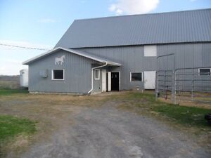 Private Barn has  stall, turnout ,Horse or pony boarding Cornwall Ontario image 1