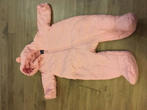 Gap girls winter coat 0-3 months