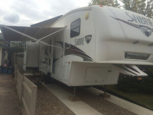 Sabre 5th wheel 32 ft. Rear Bunk House