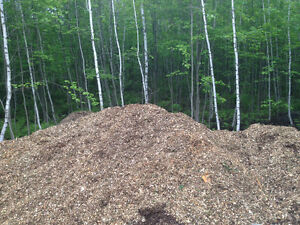 Natural mulch wood chips cedar pine Spruce hardwoods