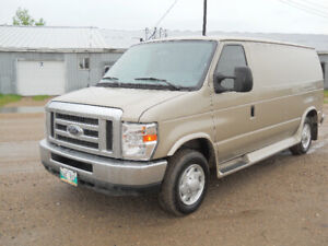 IMMACULATE FORD E-150 CARGO VAN ONLY 71000 ORIGINAL KILOMETERS