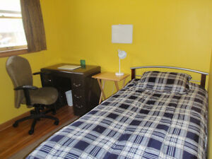Room for rent in private home for female student/ professional
