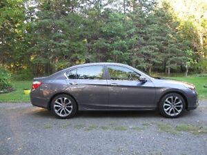 2013 Honda Accord Sport Sedan/Never winter driven.