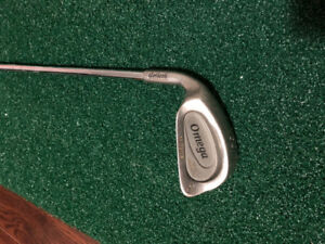 Golf club - left handed single iron for free