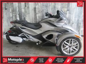 2013 Can-Am Spyder ST SM5 65$/SEMAINE