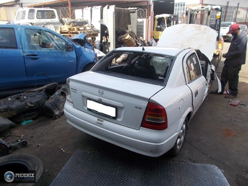 Opel Astra G 2000 1.6 STRIPPING FOR SPARES AND PARTS
