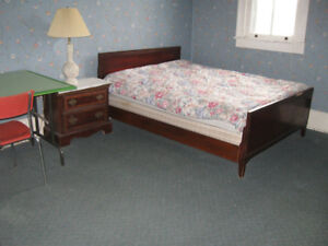 SEPT.---BIG ROOM FOR 2 INTERNATIONAL STUDENTS TO SHARE