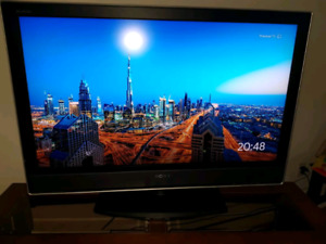 "For sale Sony tv 40"" LCD KDL-40V2500"