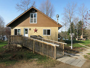 """NEW PRICE"" FOR RENOVATED HOME/COTTAGE ID# 953771"