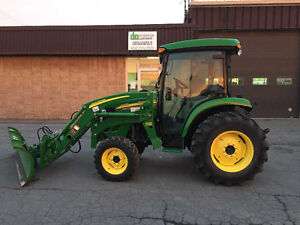 2012 John Deere 4320 chargeur + lame hydraulique *192 heures West Island Greater Montréal image 1