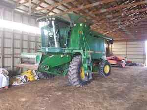 9500 combine with 918 grain head for sale