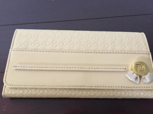 Brand new Ports lady wallet for sale