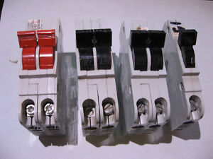 Lot of 4 Assorted Stab-Lok Circuit Breakers 20A 30A 15A - USED