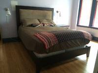 Stunning modern cherry bedroom set (Queen)