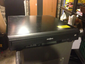 INSIGNIA 5 DISC CD PLAYER WITH REMOTE