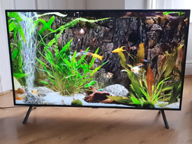 Samsung 55 inch 4K Ultra HD Smart HDR LED TV with all Apps built in,